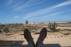 prana_feet_and_clouds